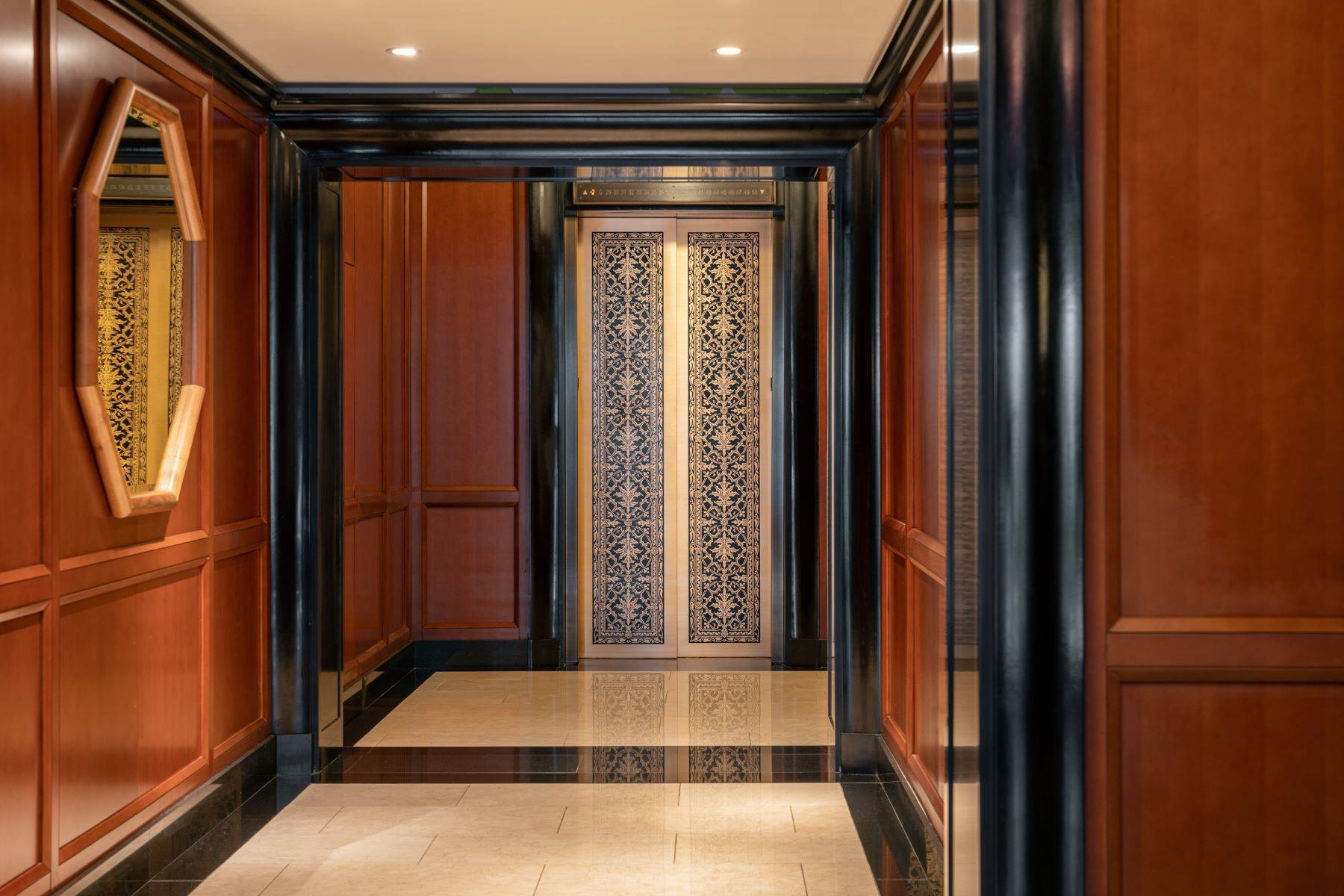 10. Condominiums for Sale at The Pinnacle Penthouse 2 Park Place, Pinnacle Penthouse New York, New York 10007 United States