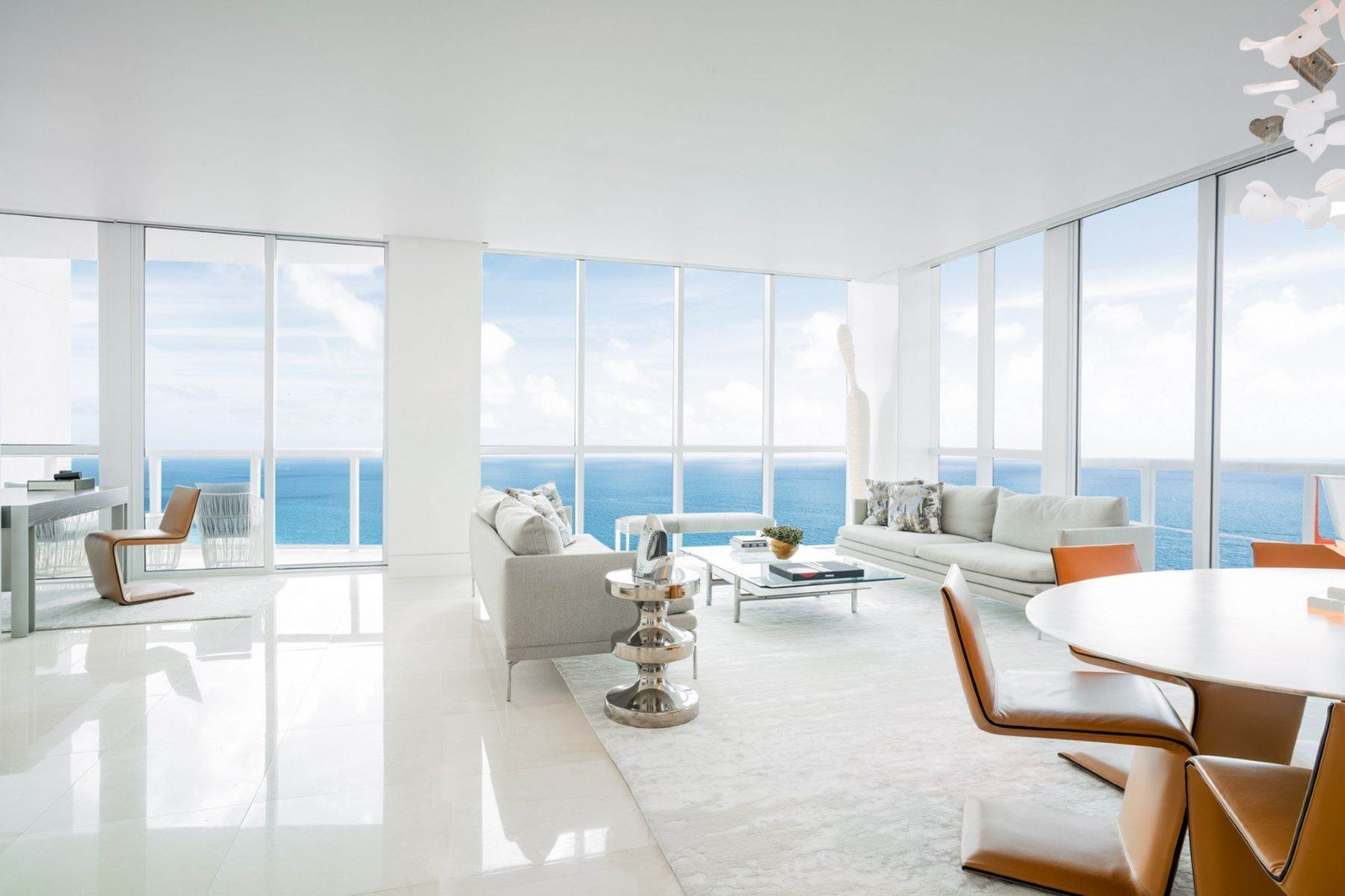 Condominiums por un Venta en 50 S Pointe Dr, #2802, Miami Beach, FL 50 S Pointe Dr, 2802 Miami Beach, Florida 33139 Estados Unidos