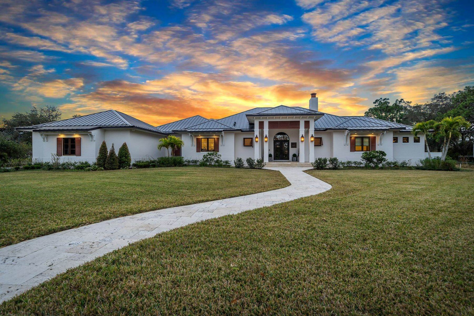 Single Family Homes for Sale at 4025 Lake Washington Road, Melbourne, FL 4025 Lake Washington Road Melbourne, Florida 32934 United States