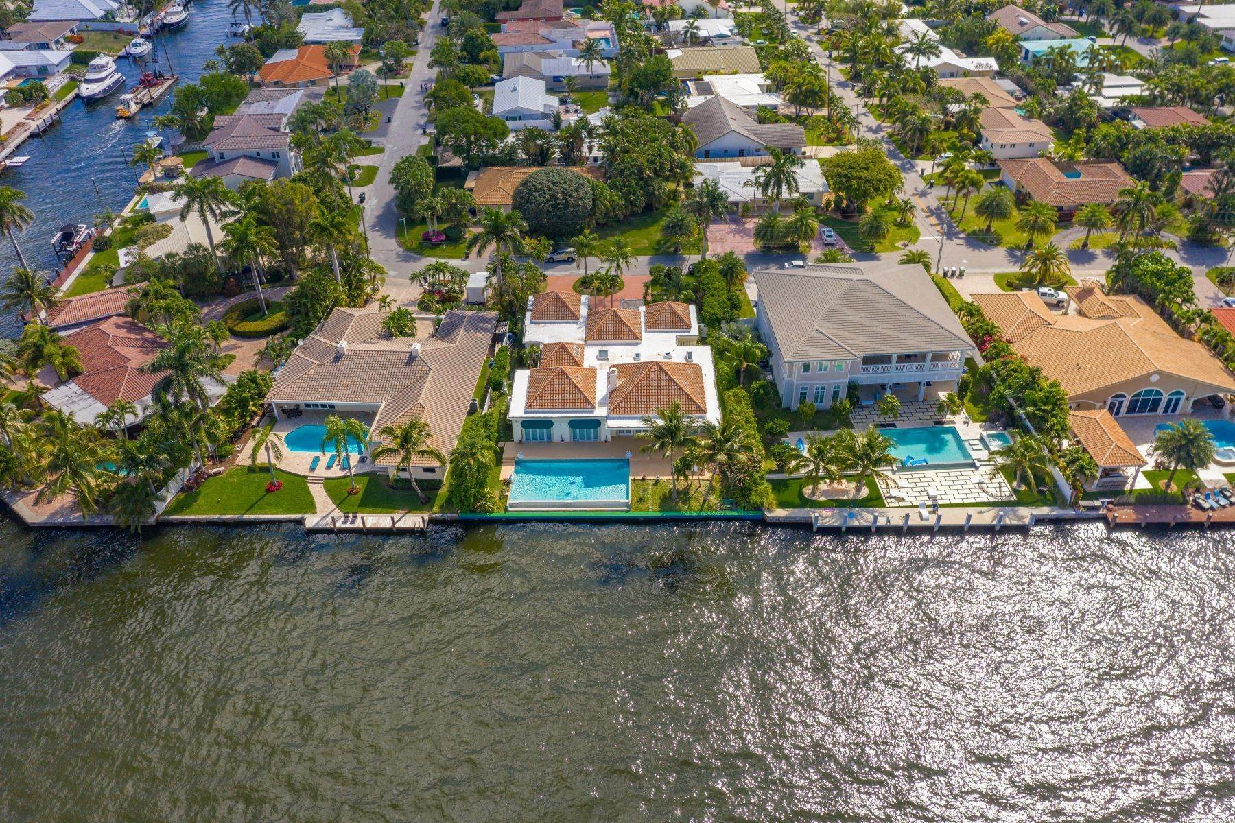 Single Family Homes for Sale at 293 Tropic Dr, Lauderdale By The Sea, FL 293 Tropic Dr Lauderdale By The Sea, Florida 33308 United States